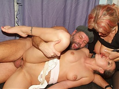 Lingerie clad matures Silvia And Christina share a fuck buddy in this kinky threesome session live